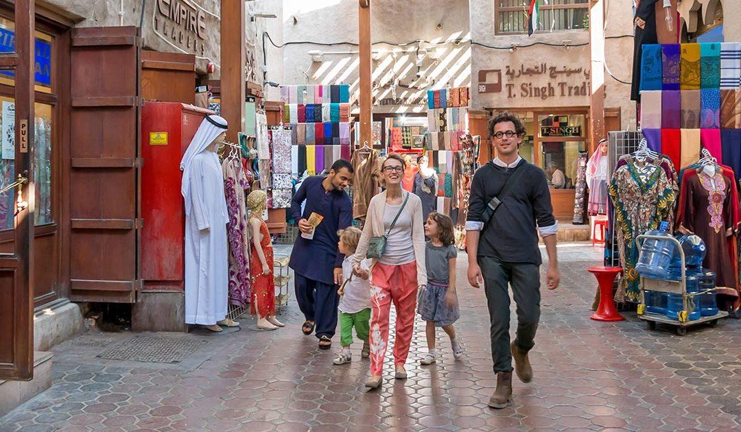 Så många svenskar reser till Dubai