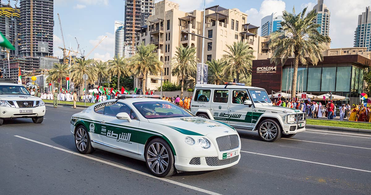 Polisbilar i Dubai